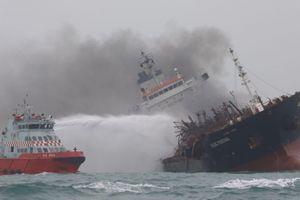 Có thể dừng tìm kiếm 2 thuyền viên mất tích vụ tàu dầu cháy
