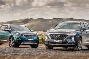 Hyundai SantaFe 2019 và Peugeot 5008: Chọn xe nào?