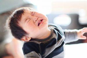 Bác sĩ Nhi chỉ ra những hành động bình thường của trẻ nhưng có thể khiến cha mẹ hốt hoảng