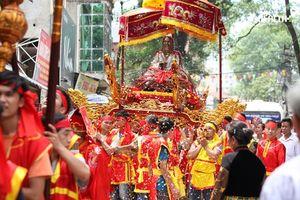 Long trọng chuẩn bị lễ rước tượng đồng danh nhân Nguyễn Quý Ân