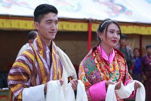 Văn hóa đa thê và bất ngờ ở thiên đường hạnh phúc Bhutan