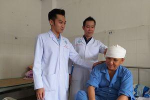 Nữ bệnh nhân kể lại giây phút kinh hoàng bị máy xay xát lóc da đầu