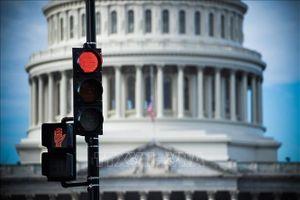 Nhân viên liên bang được truy lĩnh tiền lương trong thời gian Chính phủ Mỹ đóng cửa?
