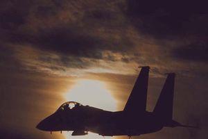 Sân bay Syria bị tấn công tên lửa trong đêm