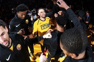 Warriors đại thắng Bulls trong ngày Stephen Curry lọt vào top 3 'thiện xạ' của NBA