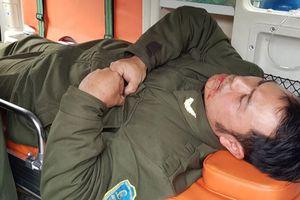 Ngăn 'cò' taxi, nhân viên sân bay Nội Bài bị đánh gãy 4 răng cửa