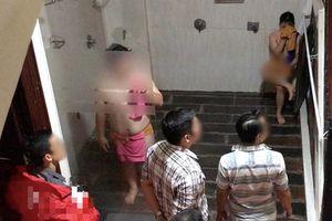 Động spa đồng tính bị đột kích: Dùng phòng chiếu phim, lồng sắt để khách 'vui vẻ'