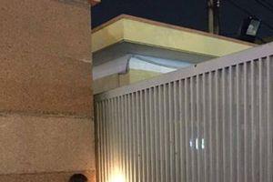 Cặp đôi trai an ninh gái sư phạm khiến cộng đồng mạng 'phát hờn' vì bữa tiệc sinh nhật qua song sắt