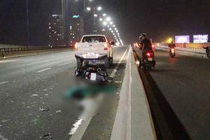 Tai nạn kép trên cầu Sài Gòn, 2 người nước ngoài bị thương