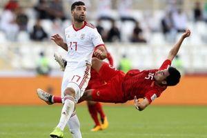 VFF: 'Đức Huy bị mất trí nhớ tạm thời do va chạm cầu thủ Iran'