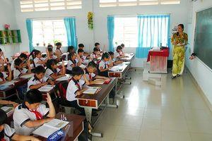 Bắt giáo viên phải có chứng chỉ hành nghề, ông Lê Quán Tần muốn gì đây?
