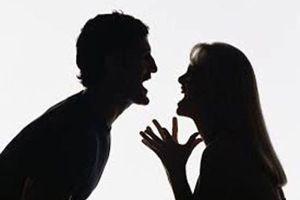 Làm giả quyết định ly hôn để dọa vợ, chồng nhận án tù