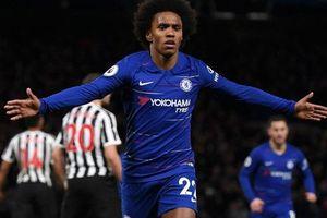 'Tù trưởng' Willian lập siêu phẩm, Chelsea chật vật hạ Newcastle 2-1