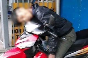 Nam thanh niên sốc ma túy tử vong trên xe máy