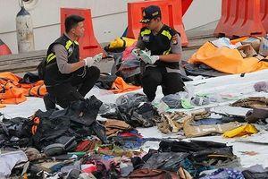 Bí ẩn trong hộp đen thứ hai của chiếc máy bay xấu số của hãng Lion Air vừa được tìm thấy dưới đáy biển Indonesia