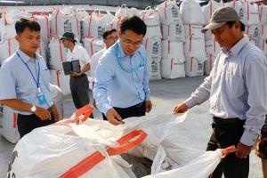 Phó Chủ tịch TP Cần Thơ thúc xử lý tro bay tại nhà máy rác ở xã Trường Xuân