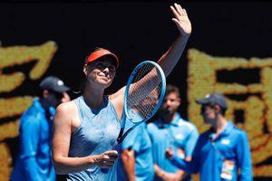 Sharapova 'hủy diệt' Harriet Dart bằng hai set trắng