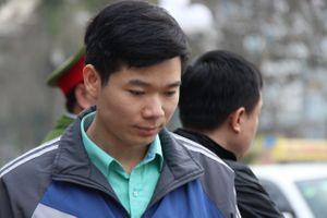 Đề nghị giám định tâm thần bác sĩ Hoàng Công Lương