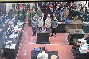 Xét xử vụ án chạy thận tại Bệnh viện Đa khoa tỉnh Hòa Bình: Bị cáo Trương Quý Dương 'Nếu muốn gói gọn trong một từ, thì đó chính là từ Đau'