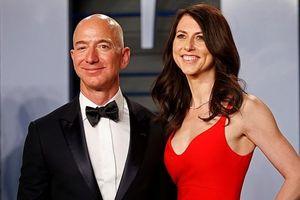 Vụ ly hôn của tỷ phú Jeff Bezos có thể 'nhanh như Amazon giao hàng'