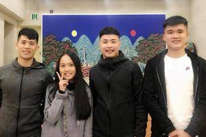 Mẹ con Phương Thanh bất ngờ gặp Đình Trọng đang dưỡng thương ở Hàn Quốc
