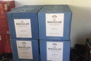 Bắt giữ hàng trăm chai rượu ngoại nhập lậu