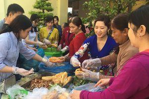 Trong mắt tôi: Chung tay giúp người nghèo