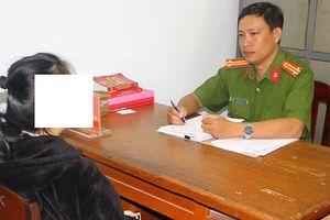 Cô gái miền Tây 17 tuổi bị bán làm vợ 2 người đàn ông Trung Quốc