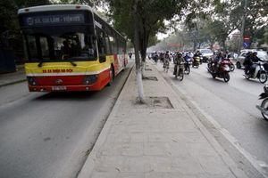 Hà Nội: Kiến nghị khôi phục làn đường dành riêng cho xe buýt