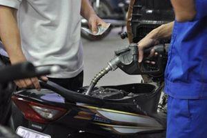 Hà Tĩnh xử phạt nhiều doanh nghiệp bán xăng dầu kém chất lượng