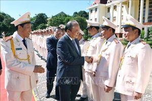 Thủ tướng kiểm tra công tác ứng trực sẵn sàng chiến đấu tại Công an tỉnh Đắk Nông