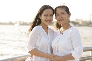 Nữ sinh đầu tiên được sinh ra theo cách thụ tinh ống nghiệm ở Việt Nam: Tự hào là 'hot girl' đặc biệt trong lòng gia đình, bạn bè