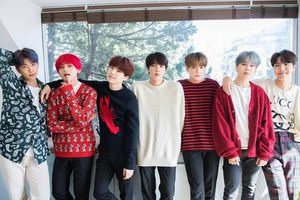 Top 5 album Kpop bán chạy trên Hanteo: BTS không chừa một khe hở cho đối thủ!