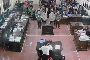 Nhiều nhân chứng vắng mặt, luật sư đề nghị hoãn phiên tòa chạy thận Hòa Bình