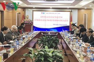 Xây dựng Luật Ngôn ngữ ở Việt Nam là đòi hỏi cấp thiết