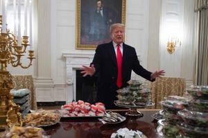'Thách thức' Chính phủ Mỹ đóng cửa, TT Trump náo loạn Nhà Trắng với tiệc đồ ăn nhanh
