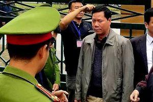 Vụ chạy thận tại Hòa Bình: Nguyên giám đốc bệnh viện nhận trách nhiệm đứng đầu