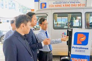 11 cửa hàng bán xăng tự động kiểu mới tại TP.HCM có gì lạ?