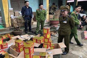 Phát hiện 200 kg pháo trên đường nhập vào Việt Nam