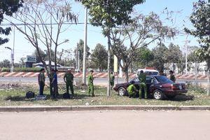 Ô tô của cán bộ Chi cục Kiểm lâm Bình Phước nghi bị cài mìn