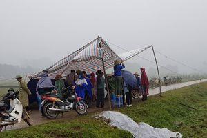 Dân 'mở đường' vào bãi rác, Hà Nội cần 2 ngày để làm sạch TP