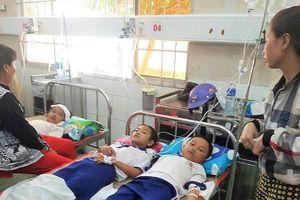 Học sinh nghi ngộ độc nước súc miệng đã xuất viện