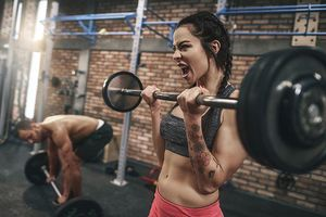 Vì sao đàn bà chịu đau giỏi hơn đàn ông?