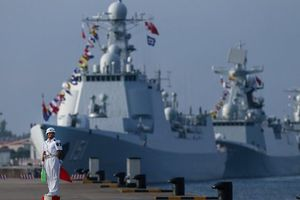 Tin thế giới 15/1:TQ điều tàu chiến tới Campuchia, Trump gửi thư cho Kim Jong-un