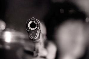 Đột nhập chung cư cao cấp dùng súng nhựa đe dọa, cướp 1 tỷ đồng