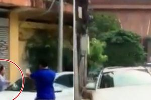 Cụ bà đập nát xe Mercedes đỗ trước cửa nhà ở Sài Gòn