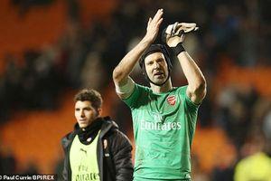Petr Cech ấn định thời gian treo găng