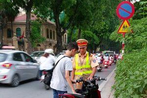 Căng thẳng giao thông dịp cận Tết: Quan trọng vẫn là ý thức