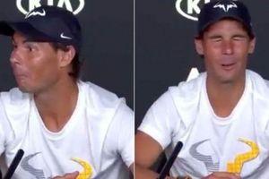 Nadal khiến phóng viên 'xấu hổ' trong phòng họp báo