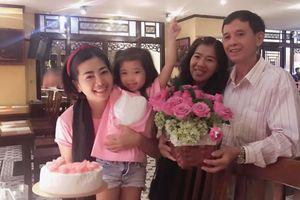 Sau 5 tháng điều trị ung thư phổi, Mai Phương đón tuổi mới ấm cúng bên gia đình
